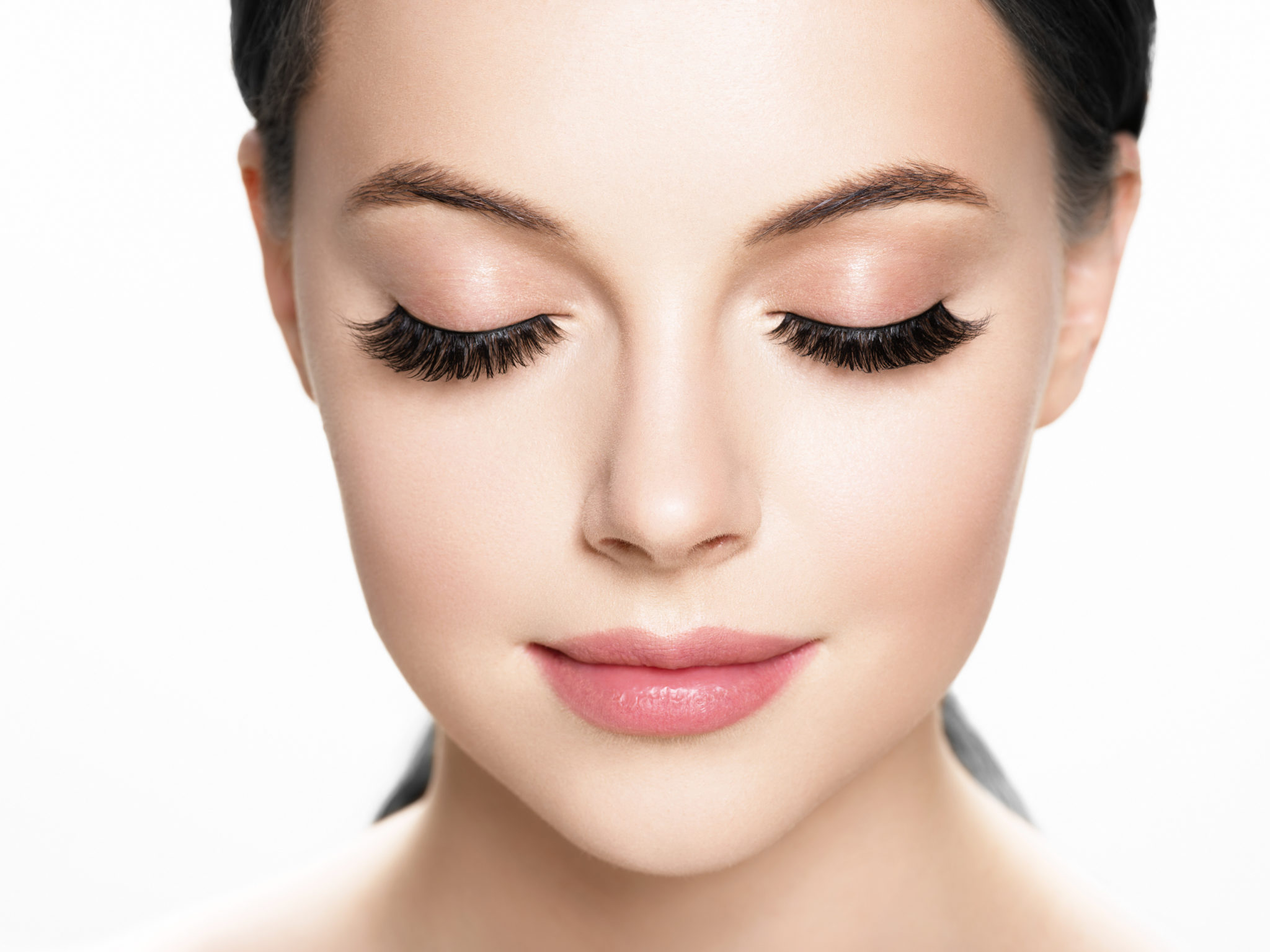8f0fec15739 Within our studios we utilize premium silk and faux mink lashes for our  eyelash extension services.